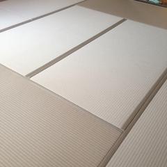 21 ヘリ付きカラー畳 ダイケン和紙表 乳白色.jpg