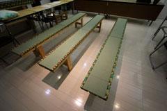 豆腐:織田屋様 ベンチを畳に!